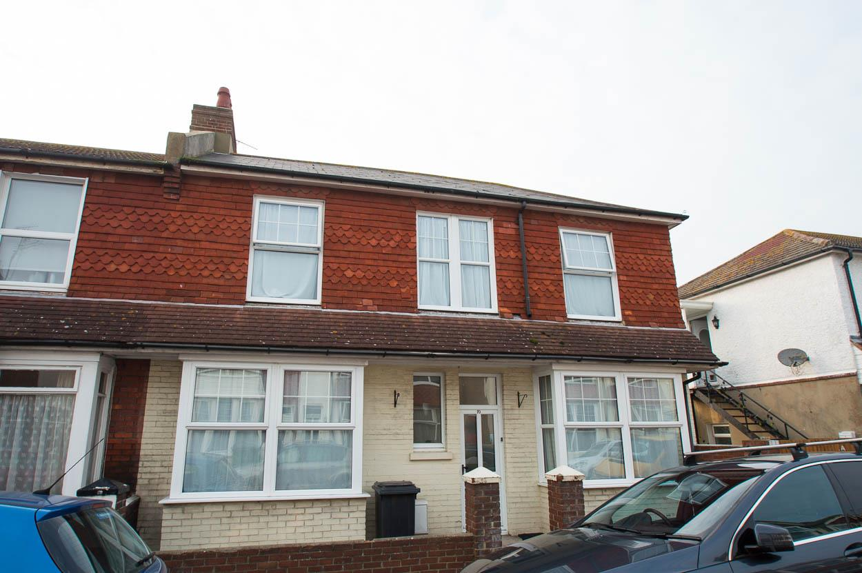 3 Bedrooms End Of Terrace House for sale in Dursley Road, EASTBOURNE